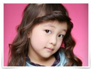 虹nijiprojectメンバーのアン・ユナの子役モデル画像