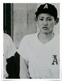 菅義偉官房長官の子供時代の画像