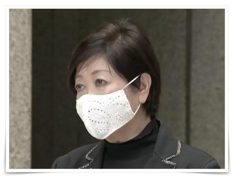 小池百合子のマスク画像