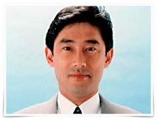 岸田文雄の若いころの画像