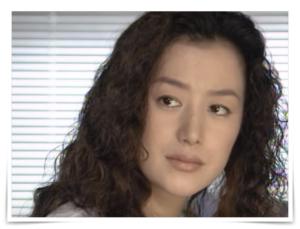 きらきらひかるの鈴木京香の画像