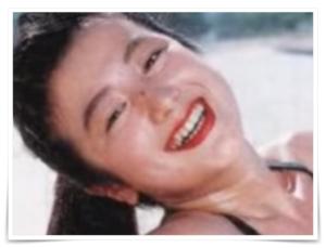 鈴木京香の若い頃のほくろとレースクーン画像