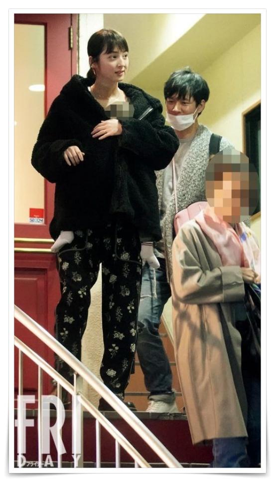 渡部建と佐々木希が行ったカツレツ店フライデー画像