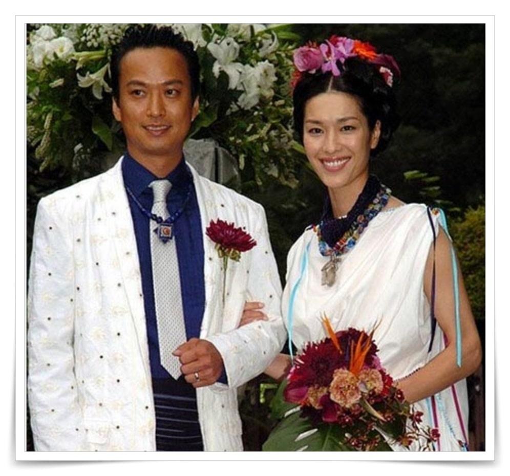 山本寛斎の娘と旦那の画像