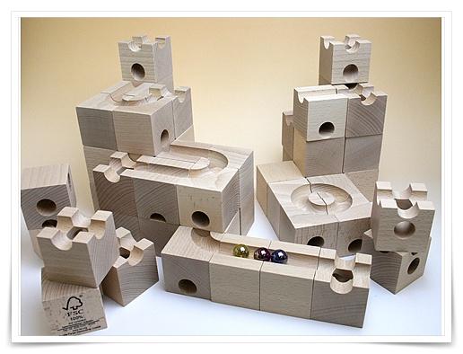 藤井聡太が遊んだおもちゃの画像