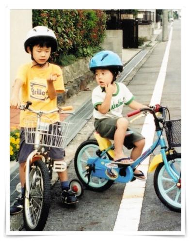 藤井聡太の幼少期の子供の時兄の画像