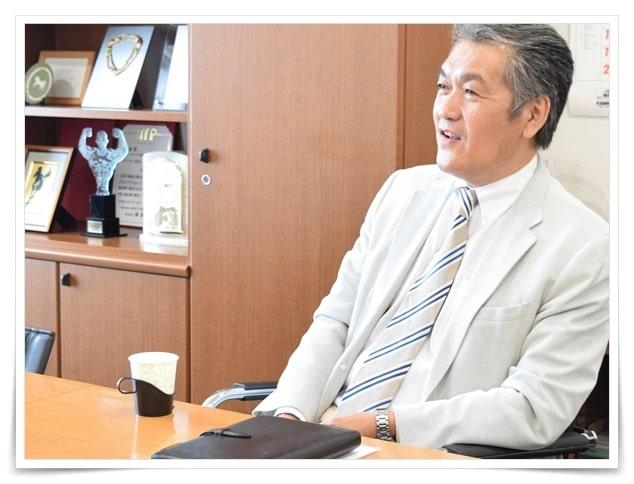 安藤優子の旦那、夫の画像