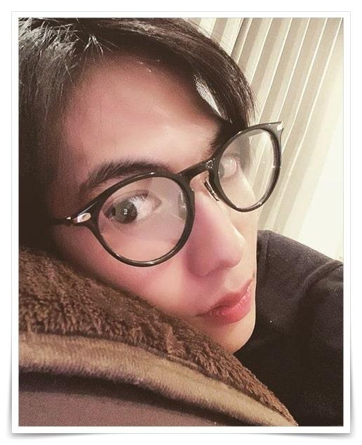 志尊淳のメガネ画像