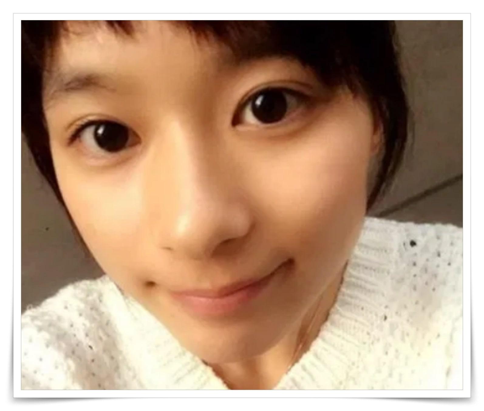 芳根京子の黒目が大きいのはカラコンか比較画像