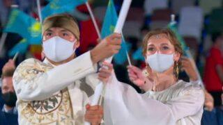 開会式、カザフスタン、旗手、美人、姫